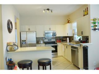 """Photo 5: 19 1765 PADDOCK Drive in Coquitlam: Westwood Plateau Townhouse for sale in """"WORTHING GREEN"""" : MLS®# V1131943"""