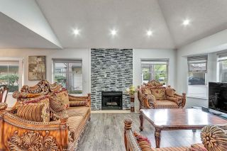 """Photo 2: 117 8060 121A Street in Surrey: Queen Mary Park Surrey Townhouse for sale in """"HADLEY GREEN"""" : MLS®# R2623625"""