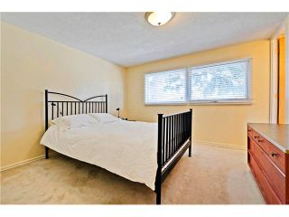 Photo 9: 6628 LETHBRIDGE Crescent SW in Calgary: Lakeview House for sale : MLS®# C4055225