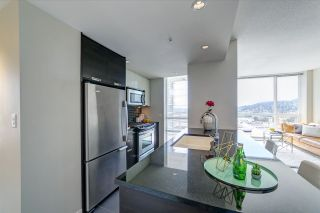 """Photo 2: 2207 2968 GLEN Drive in Coquitlam: North Coquitlam Condo for sale in """"Grand Central 2 by Intergulf"""" : MLS®# R2539858"""