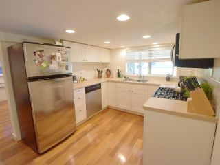 Photo 17: 2022 E 3RD Avenue in Vancouver: Grandview VE House for sale (Vancouver East)  : MLS®# R2219361