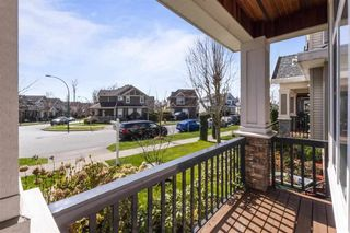 Photo 2: 19145 67A Avenue in Surrey: Clayton House for sale (Cloverdale)  : MLS®# R2561440