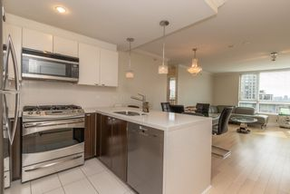 Photo 9: 601 160 W 3RD Street in North Vancouver: Lower Lonsdale Condo for sale : MLS®# R2571609