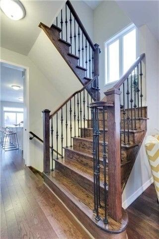 Photo 2: 13 Stockell Crescent in Ajax: Northwest Ajax House (2-Storey) for sale : MLS®# E3684526
