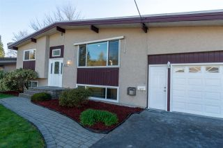 Photo 4: 10177 WEDGEWOOD Drive in Chilliwack: Fairfield Island House for sale : MLS®# R2568783