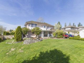 """Photo 10: 7952 144 Street in Surrey: Bear Creek Green Timbers House for sale in """"BRITISH MANOR"""" : MLS®# R2049712"""