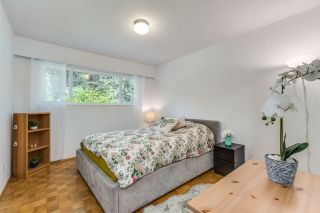 Photo 14: 990 CANYON Boulevard in North Vancouver: Canyon Heights NV House for sale : MLS®# R2541619