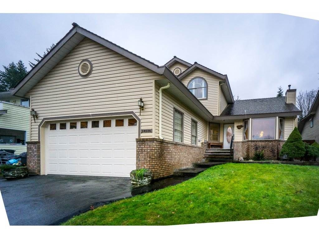 Main Photo: 14484 WELLINGTON Drive in Surrey: Bolivar Heights House for sale (North Surrey)  : MLS®# R2226350