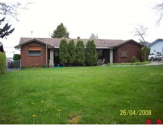 Photo 10: 6321 132ND Street in Surrey: Panorama Ridge House for sale : MLS®# F2812448