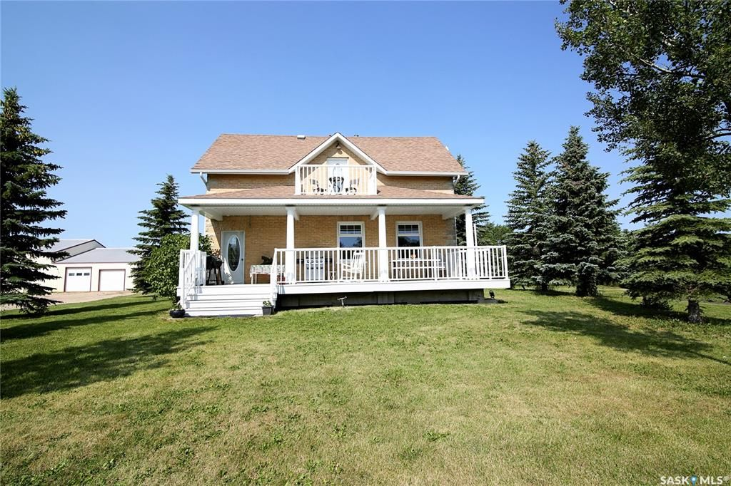 Main Photo: Fries Acreage in Edenwold: Residential for sale (Edenwold Rm No. 158)  : MLS®# SK863952