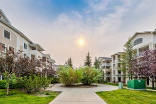 Photo 2: 109 9 COUNTRY VILLAGE Bay NE in Calgary: Country Hills Village Apartment for sale : MLS®# A1133857