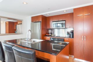 "Photo 4: 2605 1255 SEYMOUR Street in Vancouver: Downtown VW Condo for sale in ""Elan"" (Vancouver West)  : MLS®# R2216432"