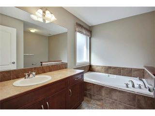 Photo 16: 788 Luxstone Landing SW: Airdrie House for sale : MLS®# C4083627