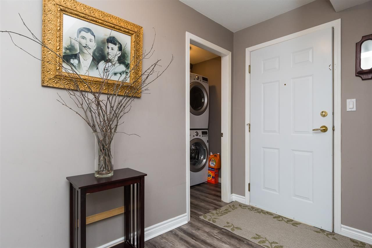 """Photo 2: Photos: 201 15130 29A Avenue in Surrey: King George Corridor Condo for sale in """"The Sands"""" (South Surrey White Rock)  : MLS®# R2161626"""