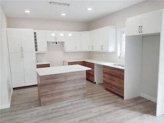 Photo 6: 805 Vaughan Avenue in Selkirk: R14 Residential for sale : MLS®# 202124826