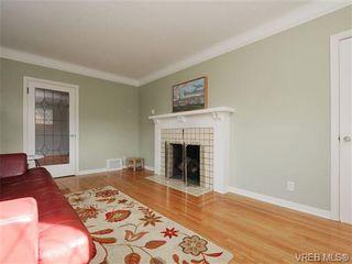Photo 4: 2557 Vancouver St in VICTORIA: Vi Hillside House for sale (Victoria)  : MLS®# 684317