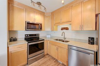Photo 5: 605 902 Spadina Crescent East in Saskatoon: Central Business District Residential for sale : MLS®# SK846798