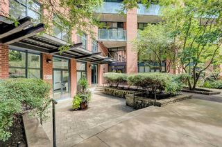 Photo 2: 216 369 Sorauren Avenue in Toronto: Roncesvalles Condo for sale (Toronto W01)  : MLS®# W4869063