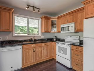 Photo 11: 4618 Falaise Dr in : SE Broadmead House for sale (Saanich East)  : MLS®# 850985