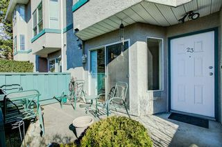 """Photo 1: 23 3476 COAST MERIDIAN Road in Port Coquitlam: Lincoln Park PQ Townhouse for sale in """"Laurier Mews"""" : MLS®# R2345938"""
