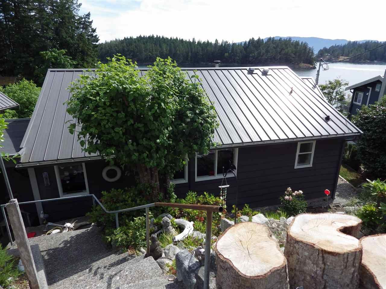 Main Photo: 4988 MARK Way in Pender Harbour: Pender Harbour Egmont House for sale (Sunshine Coast)  : MLS®# R2381122