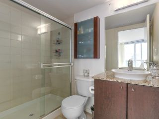 """Photo 9: 3107 1199 SEYMOUR Street in Vancouver: Downtown VW Condo for sale in """"THE BRAVA"""" (Vancouver West)  : MLS®# R2305420"""