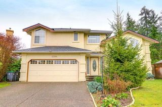 Photo 1: 13686 58 Avenue in Surrey: Panorama Ridge House for sale : MLS®# R2250853