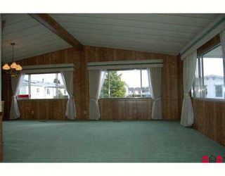 """Photo 6: 14 2303 CRANLEY Drive in White Rock: King George Corridor Manufactured Home for sale in """"SUNNYSIDE ESTATES"""" (South Surrey White Rock)  : MLS®# F2701302"""