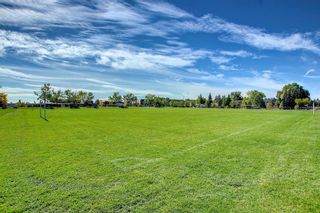 Photo 11: 828 200 Brookpark Drive SW in Calgary: Braeside Row/Townhouse for sale : MLS®# A1153541