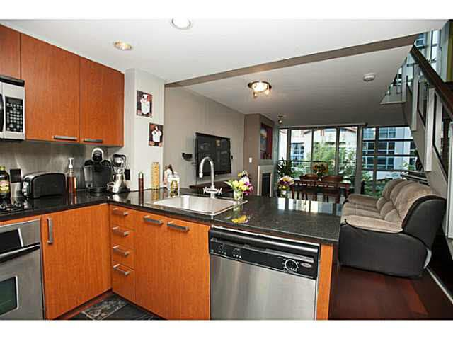 """Photo 2: Photos: 315 1255 SEYMOUR Street in Vancouver: Downtown VW Townhouse for sale in """"The Elan"""" (Vancouver West)  : MLS®# V1077114"""
