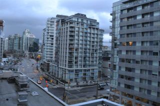 """Photo 11: 703 1775 QUEBEC Street in Vancouver: Mount Pleasant VE Condo for sale in """"THE OPSAL"""" (Vancouver East)  : MLS®# R2129747"""