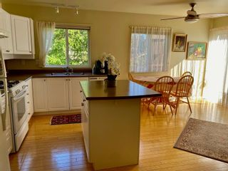 Photo 10: 68 118 Aldersmith Pl in : VR Glentana Row/Townhouse for sale (View Royal)  : MLS®# 876426