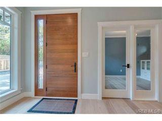 Photo 2: 1217 Hewlett Pl in VICTORIA: OB South Oak Bay House for sale (Oak Bay)  : MLS®# 700508