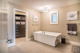 Photo 24: 8956 Bay Ridge Drive SW in Calgary: Bayview Detached for sale : MLS®# A1075239