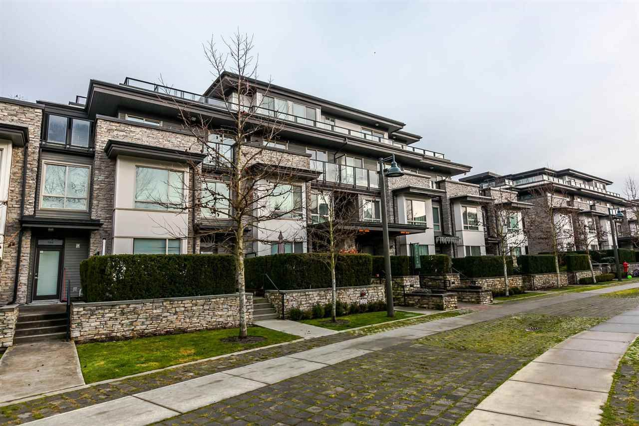 """Main Photo: 416 7418 BYRNEPARK Walk in Burnaby: South Slope Condo for sale in """"GREEN"""" (Burnaby South)  : MLS®# R2229832"""