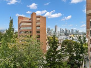 """Photo 7: 601 1450 PENNYFARTHING Drive in Vancouver: False Creek Condo for sale in """"Harbourside Cove"""" (Vancouver West)  : MLS®# R2616143"""