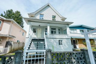 Photo 1: 2075 E 33RD Avenue in Vancouver: Victoria VE House for sale (Vancouver East)  : MLS®# R2614193