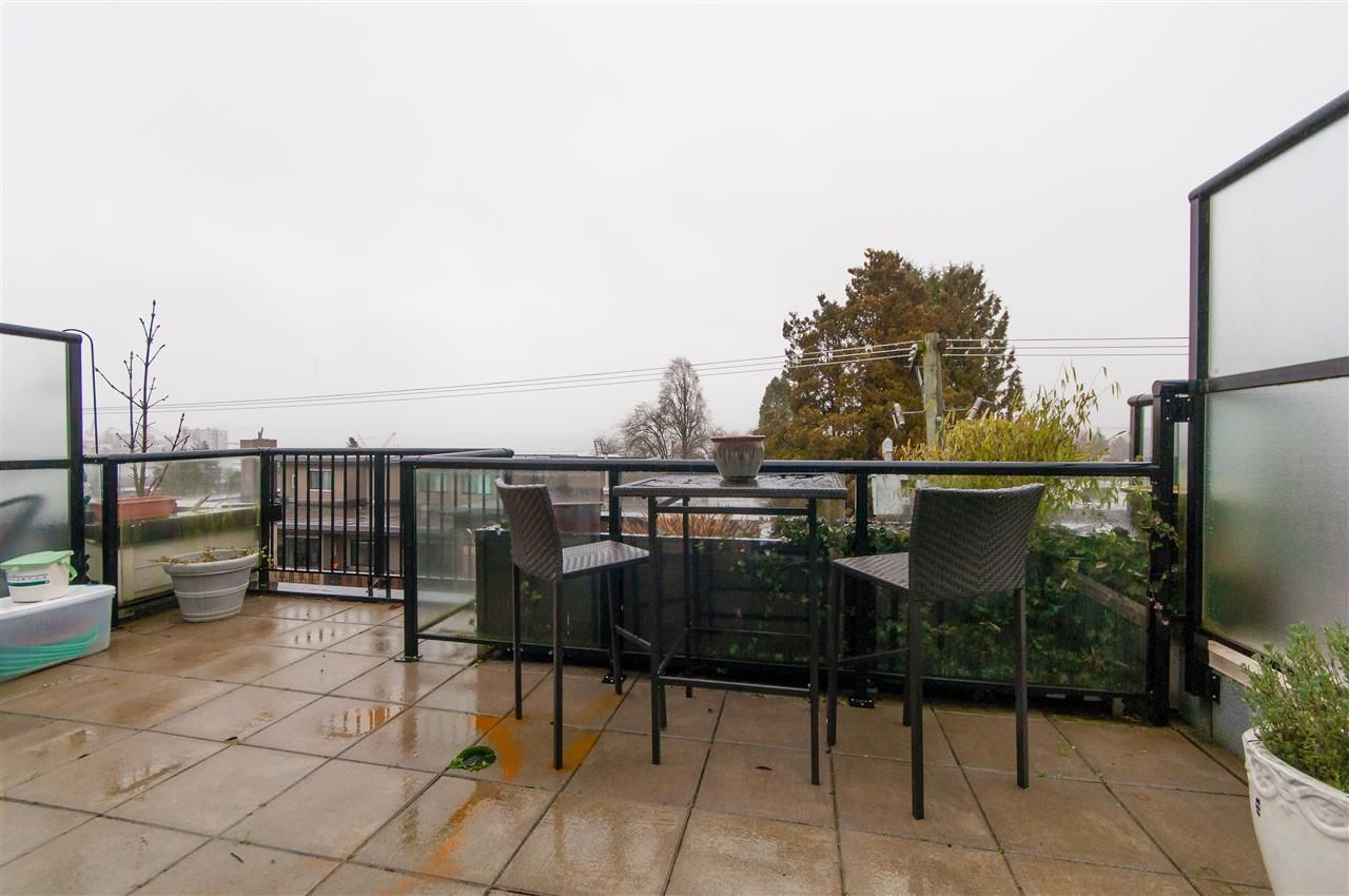 Main Photo: PH16 2265 E HASTINGS STREET in Vancouver: Hastings Condo for sale (Vancouver East)  : MLS®# R2335060