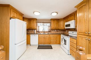 Photo 6: 61 53221 RR 223 (61 Queensdale Pl. S): Rural Strathcona County House for sale : MLS®# E4243387