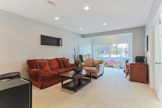Photo 36: 119 CRESTMONT Drive SW in Calgary: Crestmont Detached for sale : MLS®# C4205113