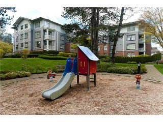"""Photo 9: 108 4885 VALLEY Drive in Vancouver: Quilchena Condo for sale in """"MACLURE HOUSE"""" (Vancouver West)  : MLS®# V884560"""