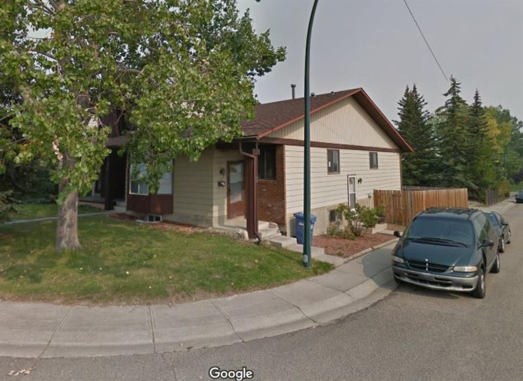 Main Photo: 2 Edgedale Court NW in Calgary: Edgemont Semi Detached for sale : MLS®# A1129985