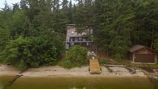 Photo 1: 6293 Armstrong Road: Eagle Bay House for sale (Shuswap Lake)  : MLS®# 10182839
