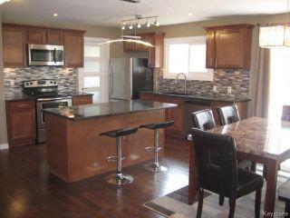 Photo 6: 305 Bonner Avenue in WINNIPEG: North Kildonan Residential for sale (North East Winnipeg)  : MLS®# 1510269