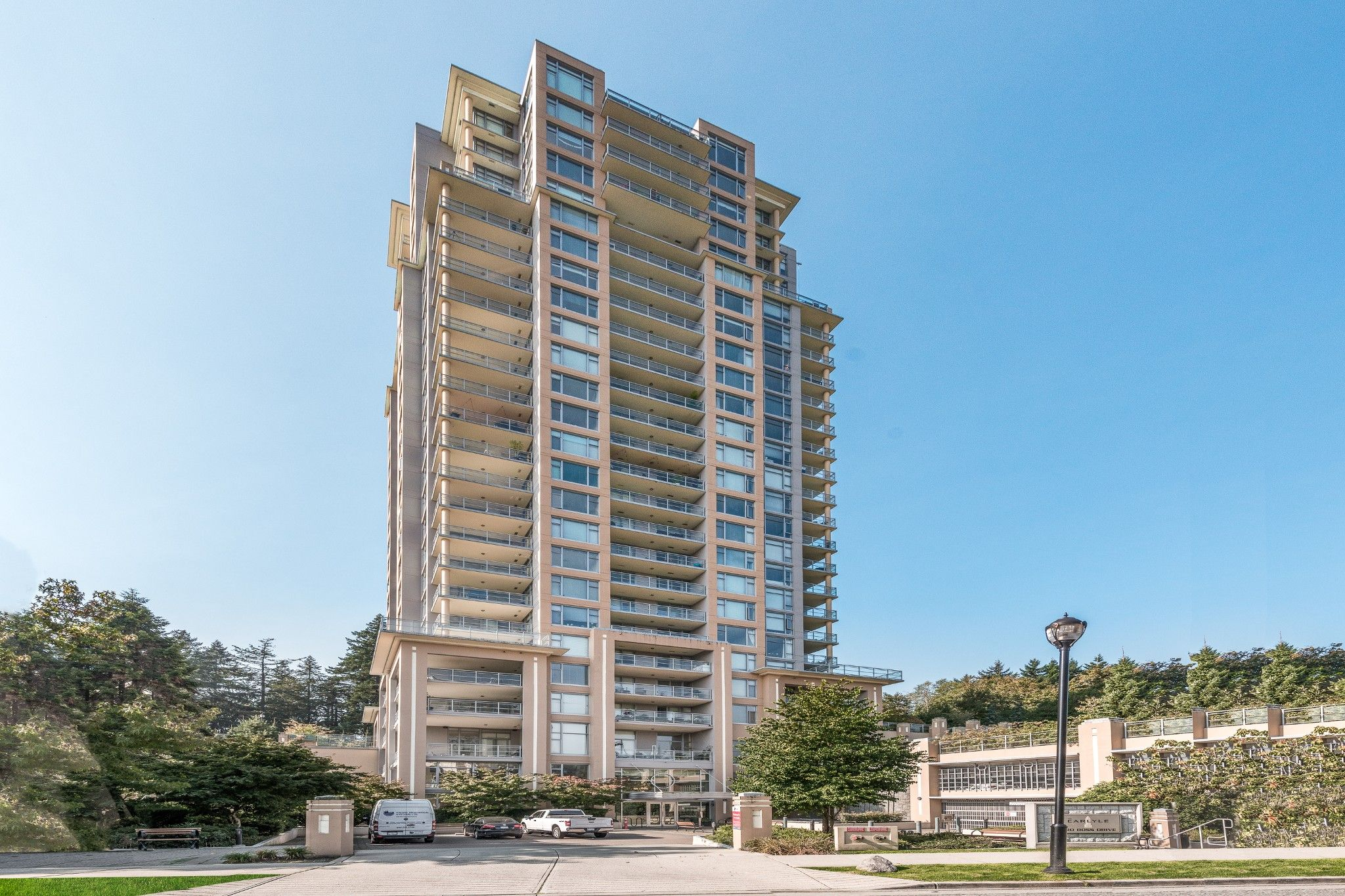 Main Photo: 2002 280 Ross Drive in New Westminster: Fraserview NW Condo for sale : MLS®# R2504994