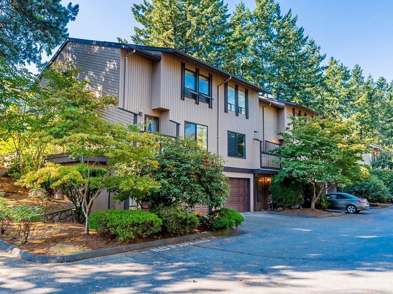 """Main Photo: 12 3015 TRETHEWEY Street in Abbotsford: Abbotsford West Townhouse for sale in """"Birch Grove Terrace"""" : MLS®# R2615766"""