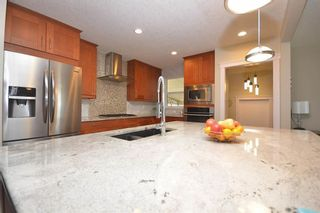 Photo 8: 10419 2 Street SE in Calgary: Willow Park Detached for sale : MLS®# C4296680