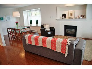 """Photo 6: 657 ST ANDREWS Avenue in North Vancouver: Lower Lonsdale Townhouse for sale in """"CHARLTON COURT"""" : MLS®# V1066090"""