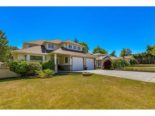 """Photo 2: 15378 21 Avenue in Surrey: King George Corridor House for sale in """"SUNNYSIDE"""" (South Surrey White Rock)  : MLS®# R2592754"""