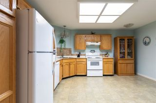 """Photo 4: 114 33030 GEORGE FERGUSON Way in Abbotsford: Central Abbotsford Condo for sale in """"THE CARLISLE"""" : MLS®# R2576142"""